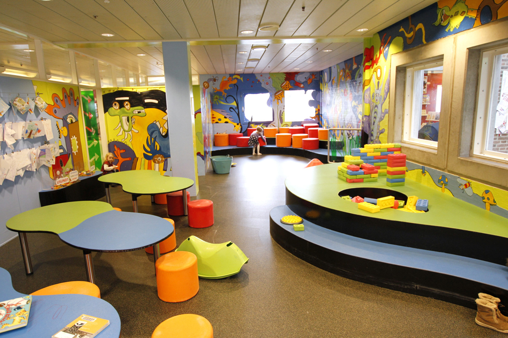 1000 Images About Elementary School Libraries Furniture